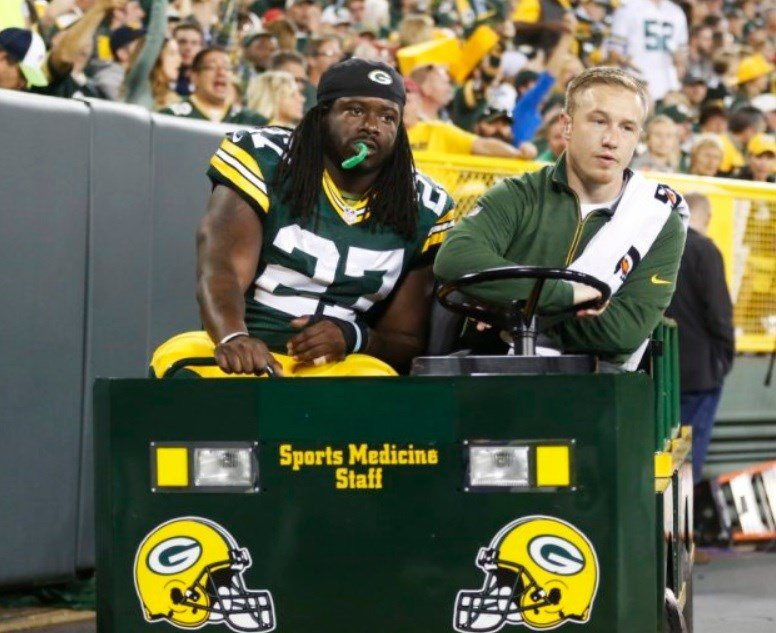 Photo shows Packer Eddie Lacy's off-season weight loss