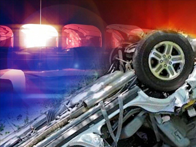 2 dead, 4 injured after crash in Dodge Co. Saturday