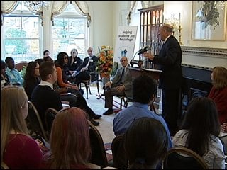 Governor Doyle greeted about two dozen high school juniors from the Madison area at the Executive Residence to announce $1500 grants for some in the Wisconsin Covenant program.