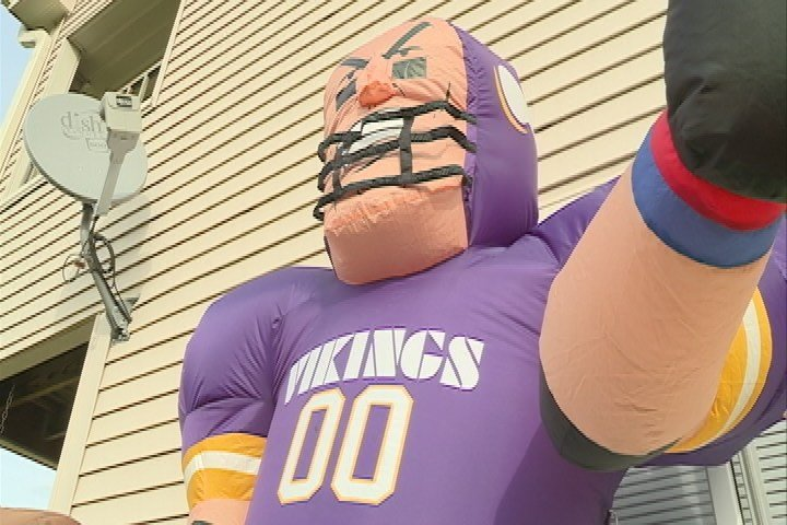 Man stabbed 7 times after Vikings inflatable vandalized, police say