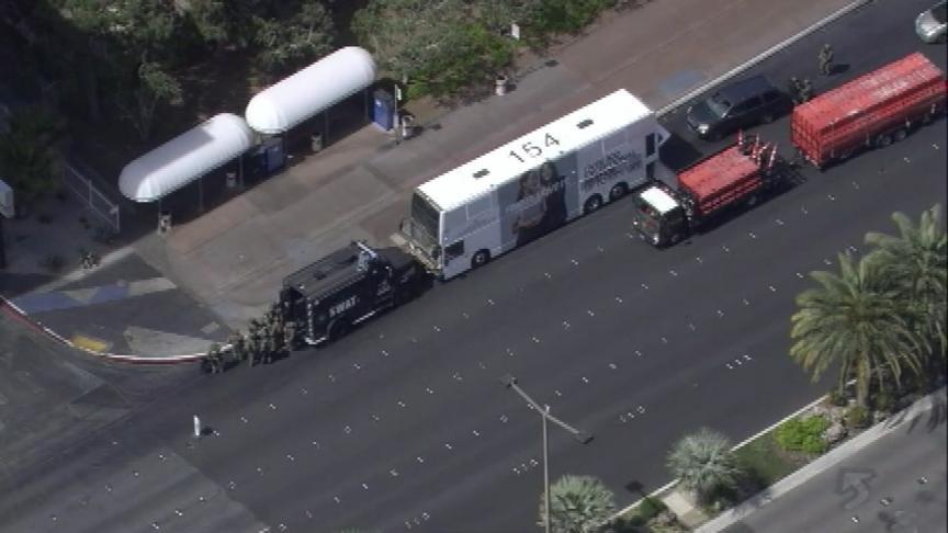 Standoff in Las Vegas evacuates Cosmopolitan hotel