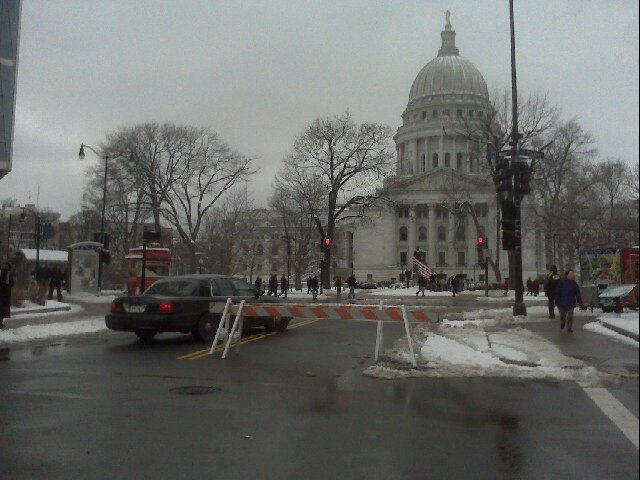 Capitol square cordoned off