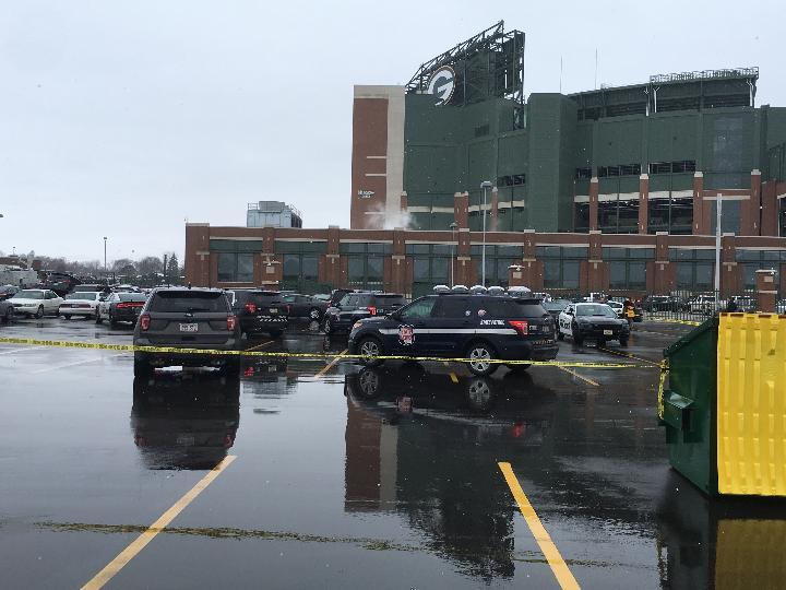 Police reportedly arrest suspect, investigate crime scene at Lambeau Field