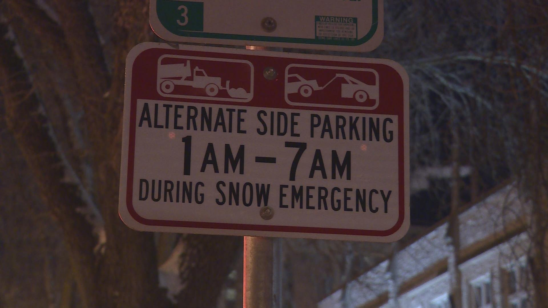 Snow emergency sign in downtown Madison.