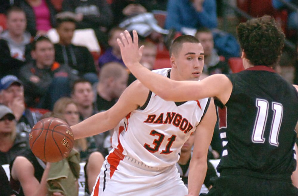 Bangor boys basketball wins Division 5 state championship