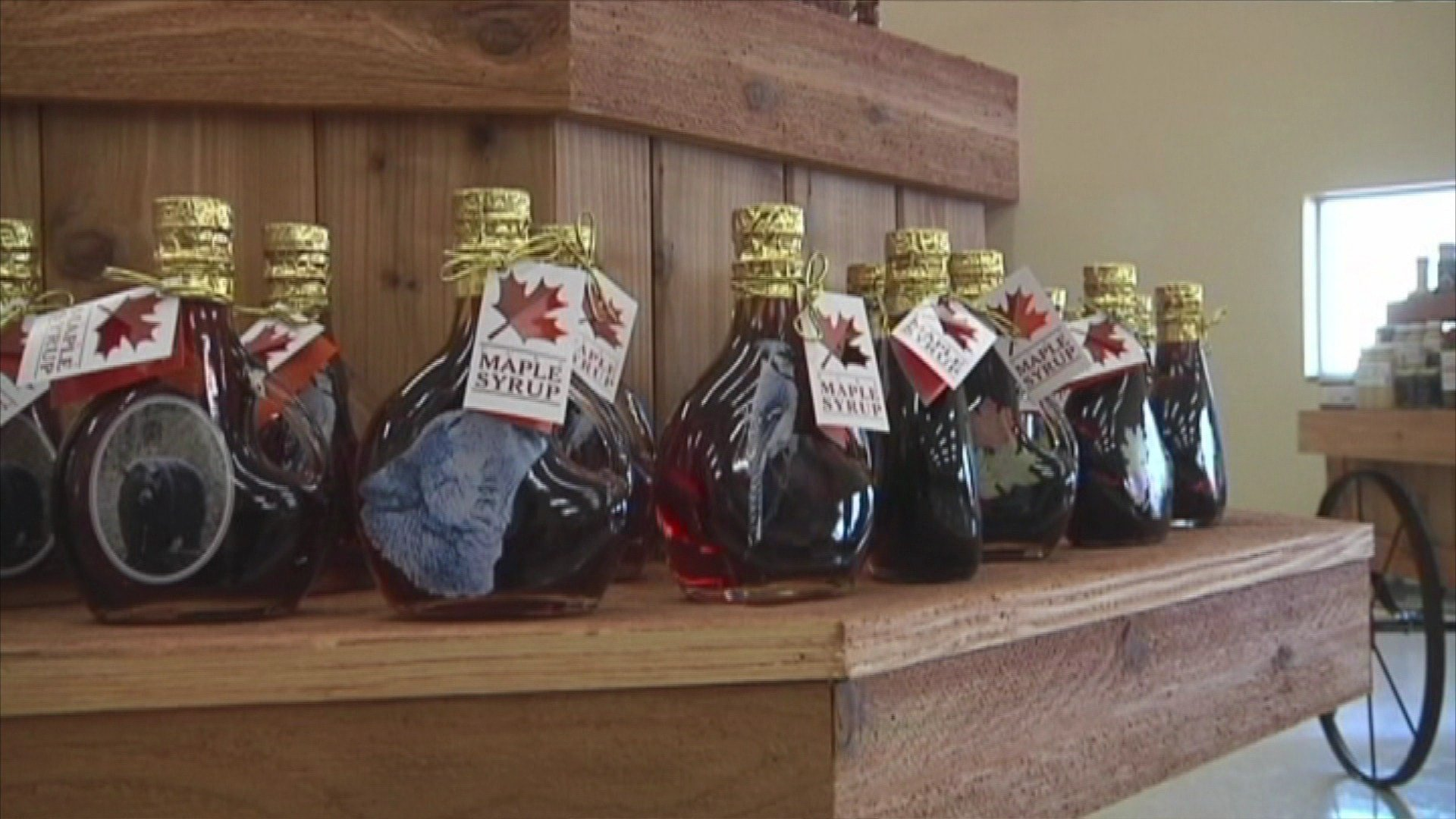 Maple Syrup, Honey Producers Decry FDA Added Sugars Label