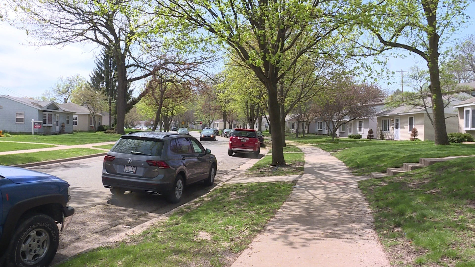 The attempted burglary took place at a man's home in this neighborhood on Craig Avenue, off of University Avenue.