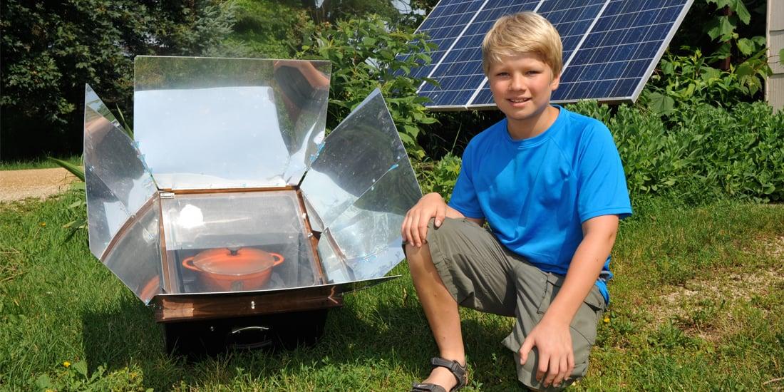Liam Kivirist & his solar oven, Photo: John Ivanko
