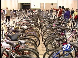 Hundreds of bikes were up for cheap at a Madison Police Department auction this Saturday.