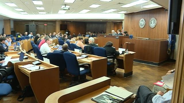 madison office common area. UPDATE: (WKOW) -- At About 12:30 A.m. Wednesday, The Madison Common Council Passed A $400,000 Study Of Police Policies And Practices. Office Area