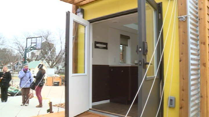 Occupy Madison receives custom made tiny house WKOW 27 Madison