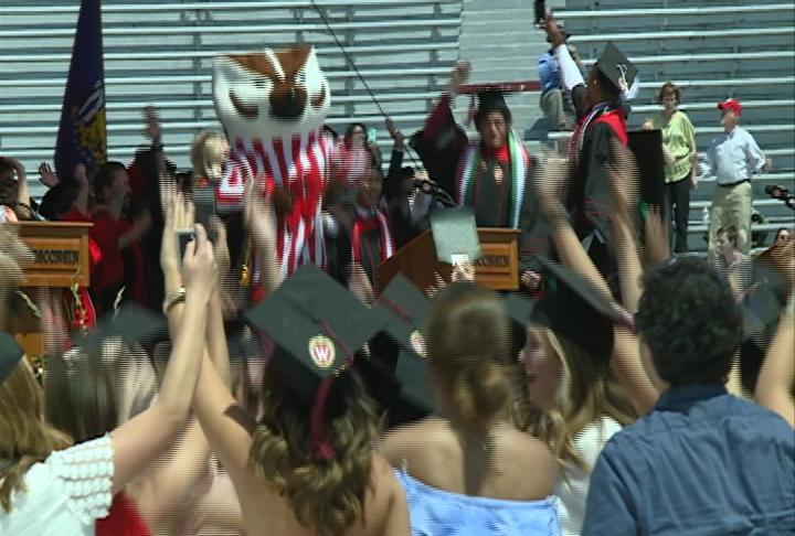 Full Cap & Gown Recap: UW Commencement celebrates 6,000 plus new ...