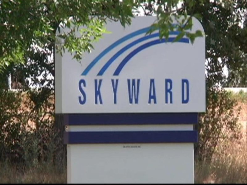 Skyward to stay in wi as budget provision survives veto for Budget motors of wisconsin
