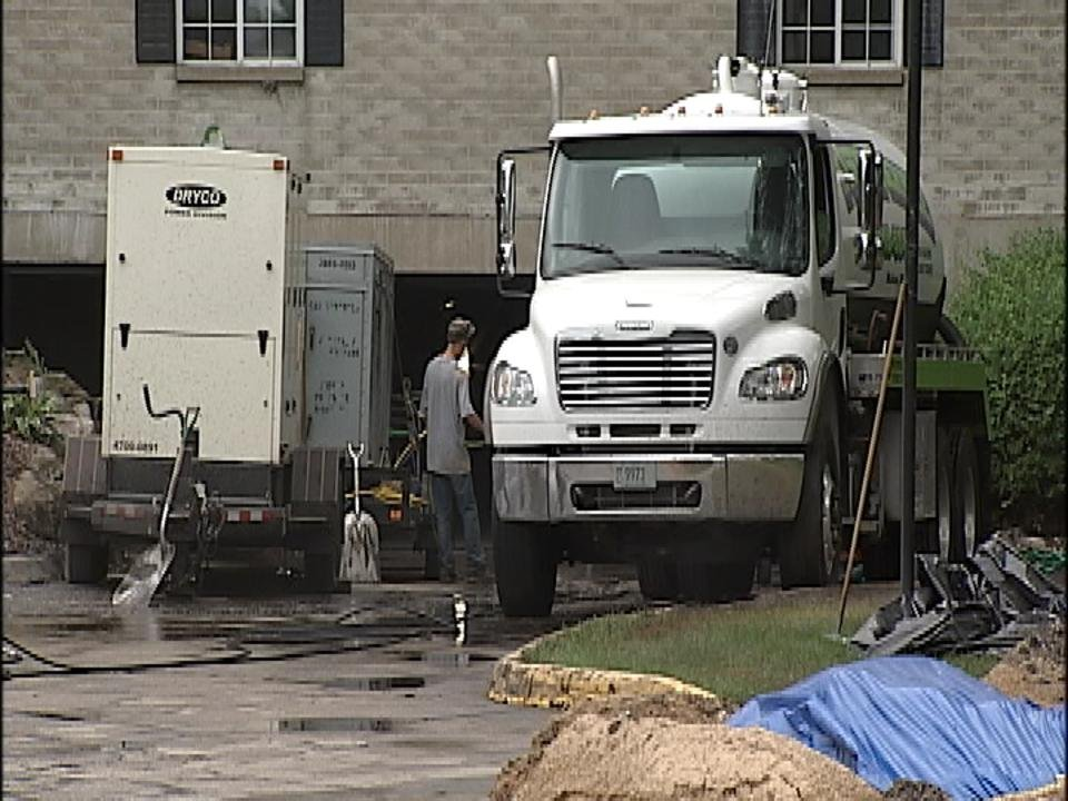 Renters frustrated days after water main break, sinkhole at